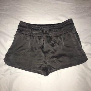 Blanc Noir grey shorts